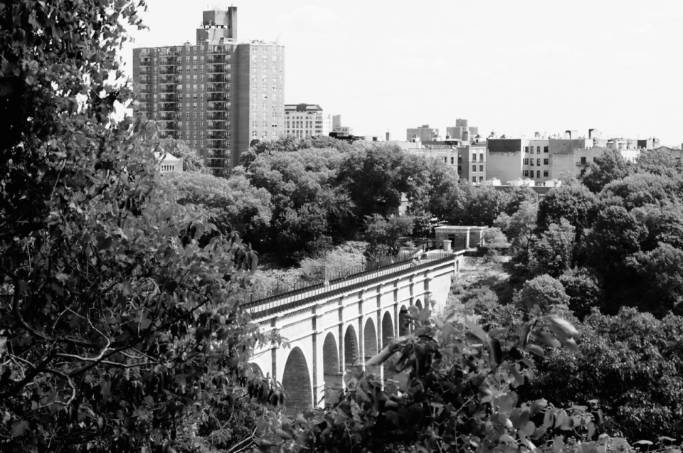 The High Bridge, seen from Manhattan.