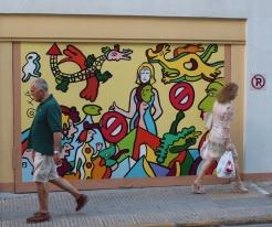 Graffiti every where!